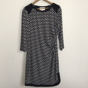 Donna Morgan chevron non wrinkle contrast dress